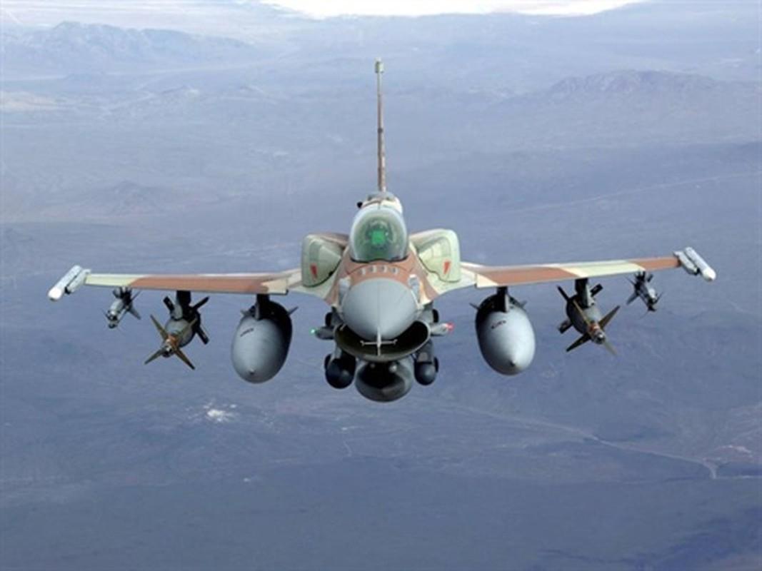 Khong quan Israel tan cong du doi Damascus dap tra phong khong Syria ban F-16-Hinh-10