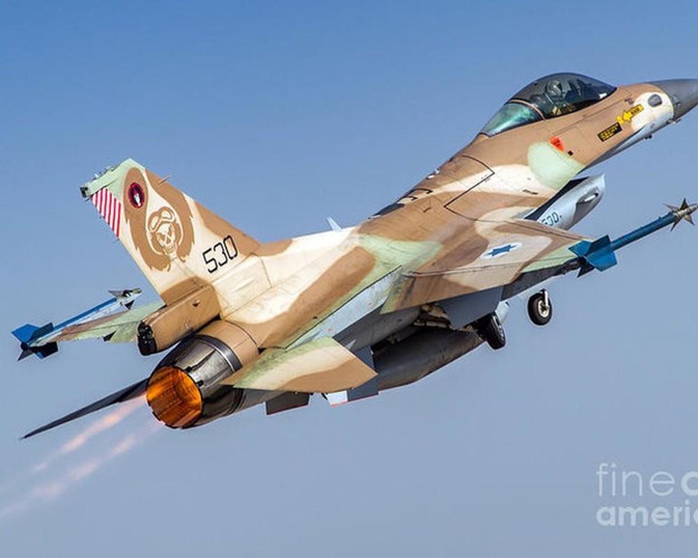 Khong quan Israel tan cong du doi Damascus dap tra phong khong Syria ban F-16-Hinh-11
