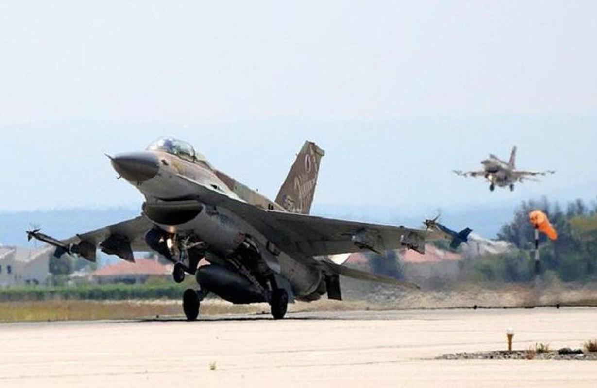 Khong quan Israel tan cong du doi Damascus dap tra phong khong Syria ban F-16-Hinh-13
