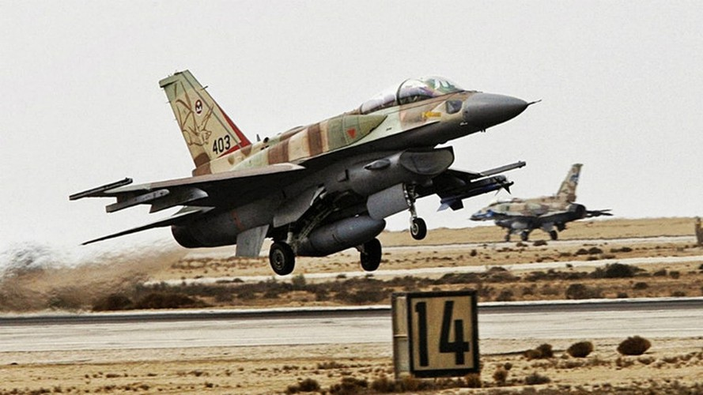 Khong quan Israel tan cong du doi Damascus dap tra phong khong Syria ban F-16-Hinh-14