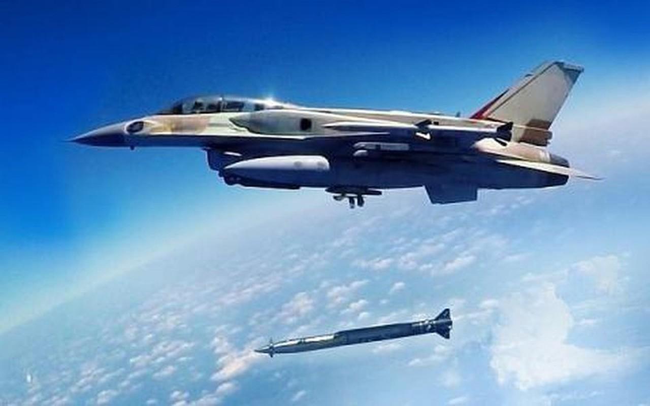 Khong quan Israel tan cong du doi Damascus dap tra phong khong Syria ban F-16-Hinh-16