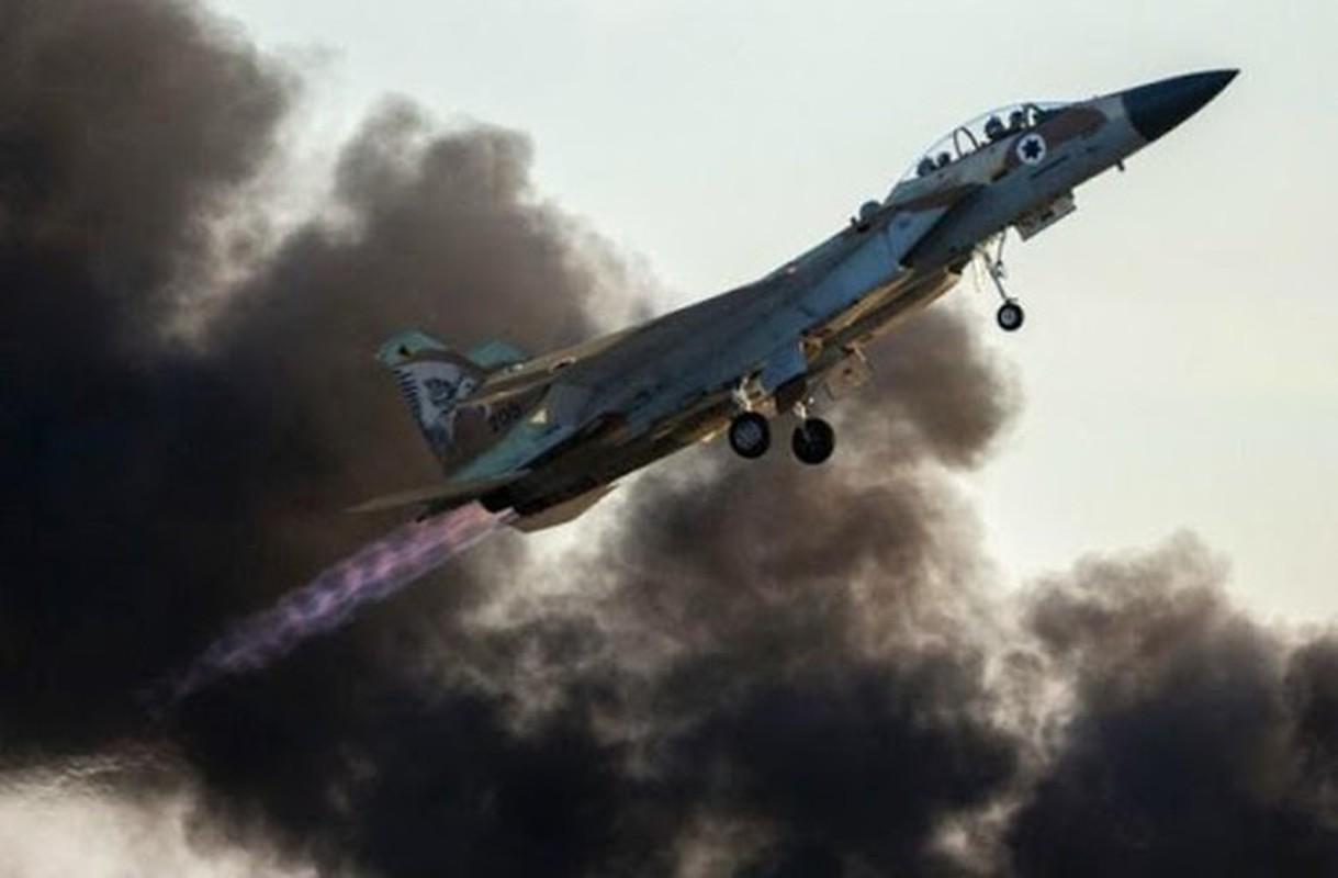 Khong quan Israel tan cong du doi Damascus dap tra phong khong Syria ban F-16-Hinh-7