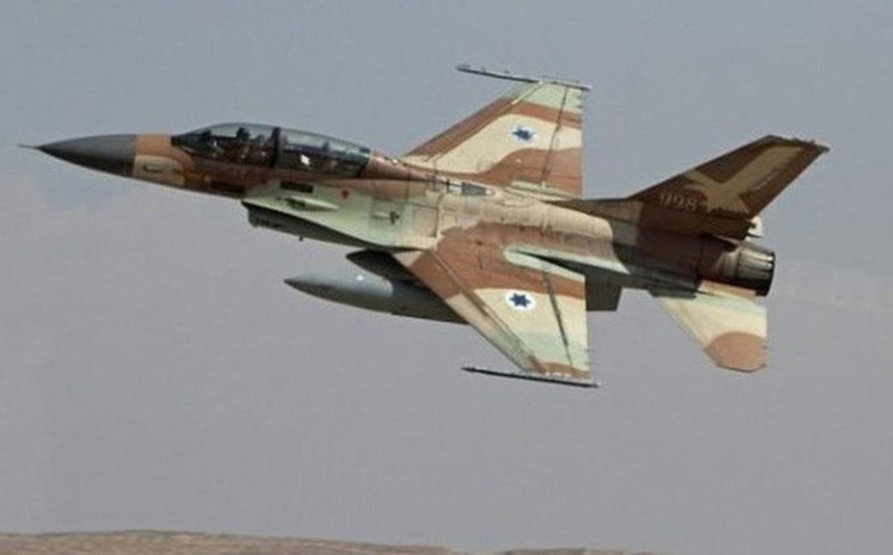 Khong quan Israel tan cong du doi Damascus dap tra phong khong Syria ban F-16-Hinh-9