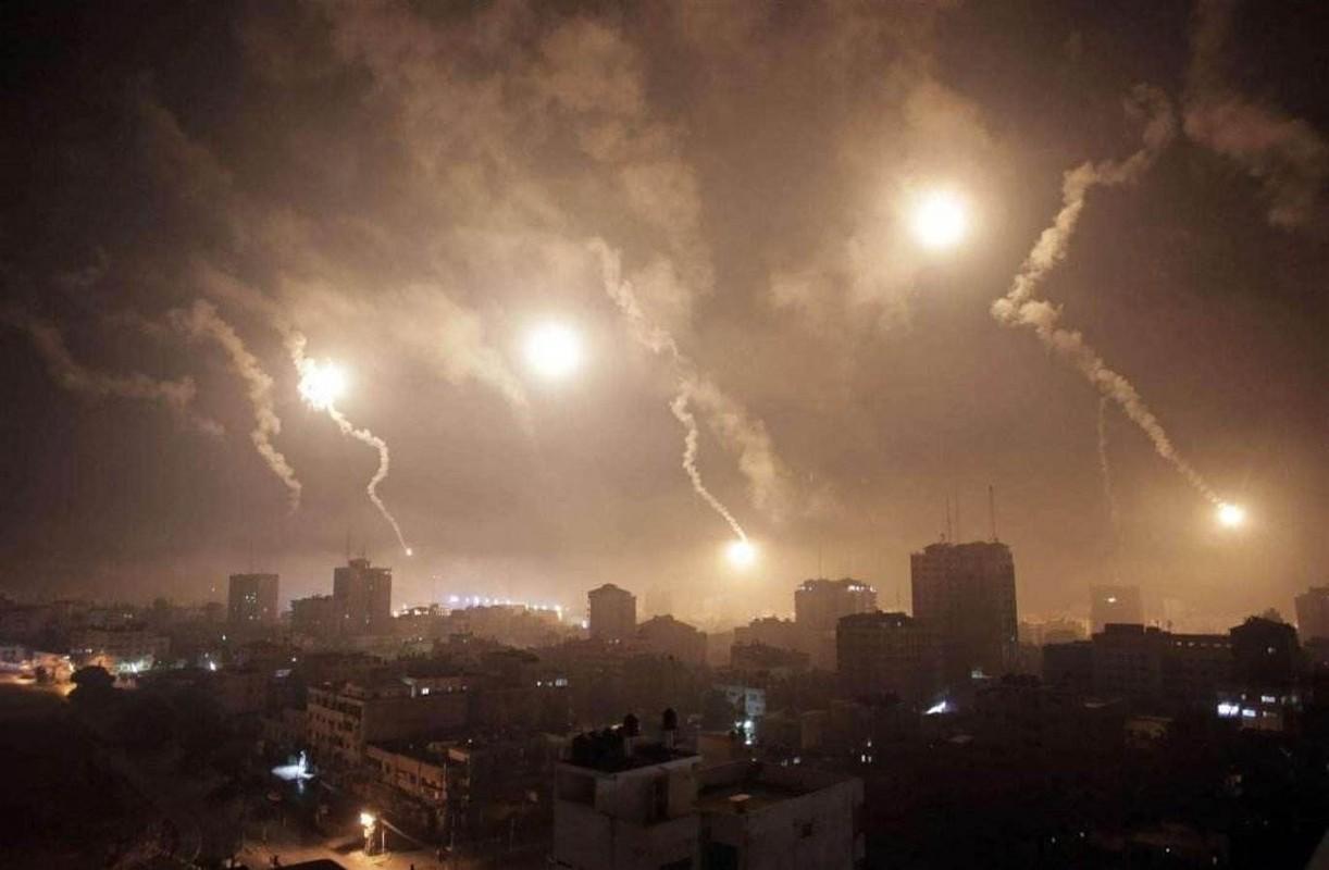 """Su doan thien chien nhat Syria hanh quan than toc, quyet """"an thua du"""" voi Israel-Hinh-11"""