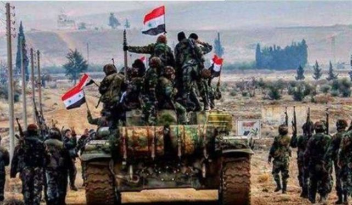 """Su doan thien chien nhat Syria hanh quan than toc, quyet """"an thua du"""" voi Israel-Hinh-7"""