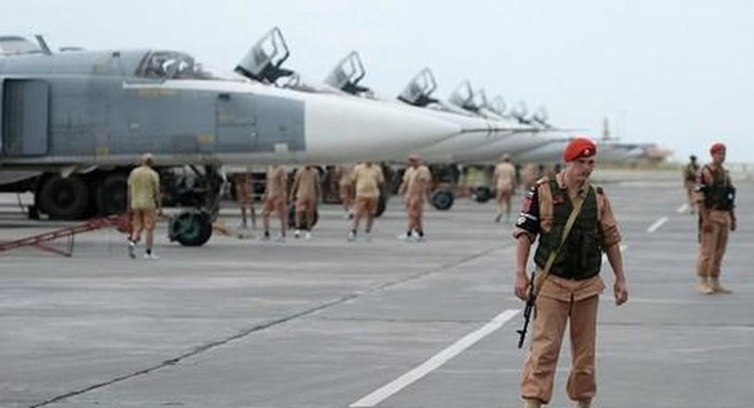 Hon 30 tuong Syria thoat chet, may bay Nga xuat kich lung phien quan-Hinh-11