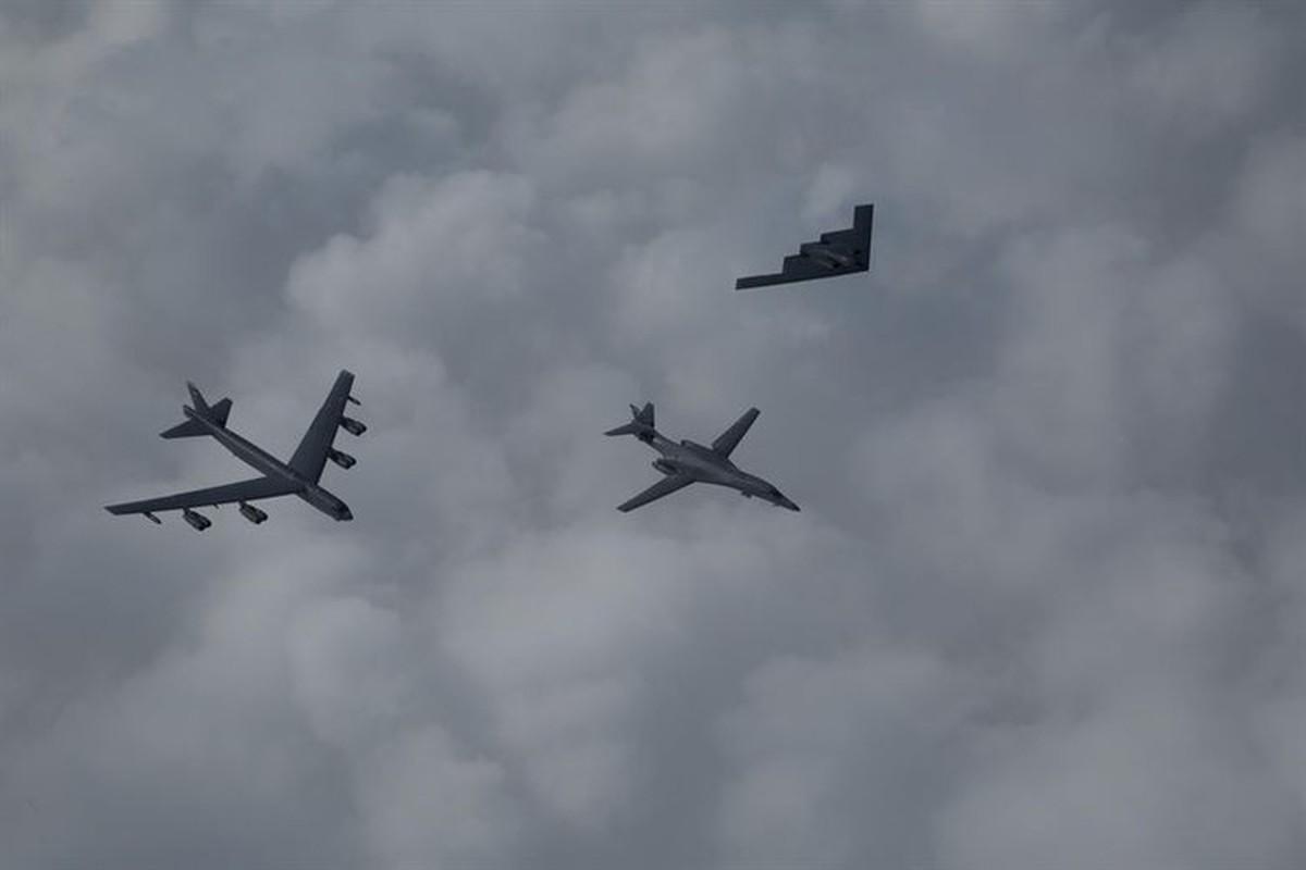 Bo ba B-1B, B-2 va B-52 cua My se duoc trien khai khap toan cau-Hinh-2