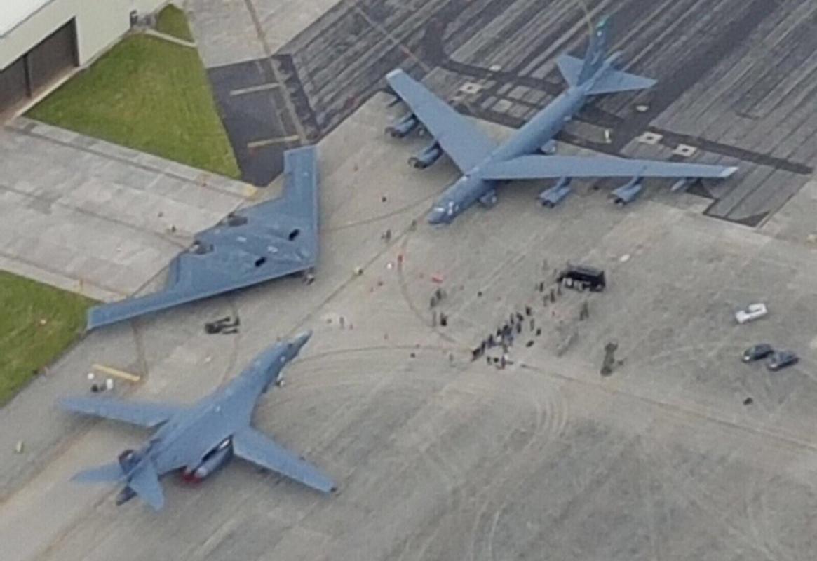 Bo ba B-1B, B-2 va B-52 cua My se duoc trien khai khap toan cau