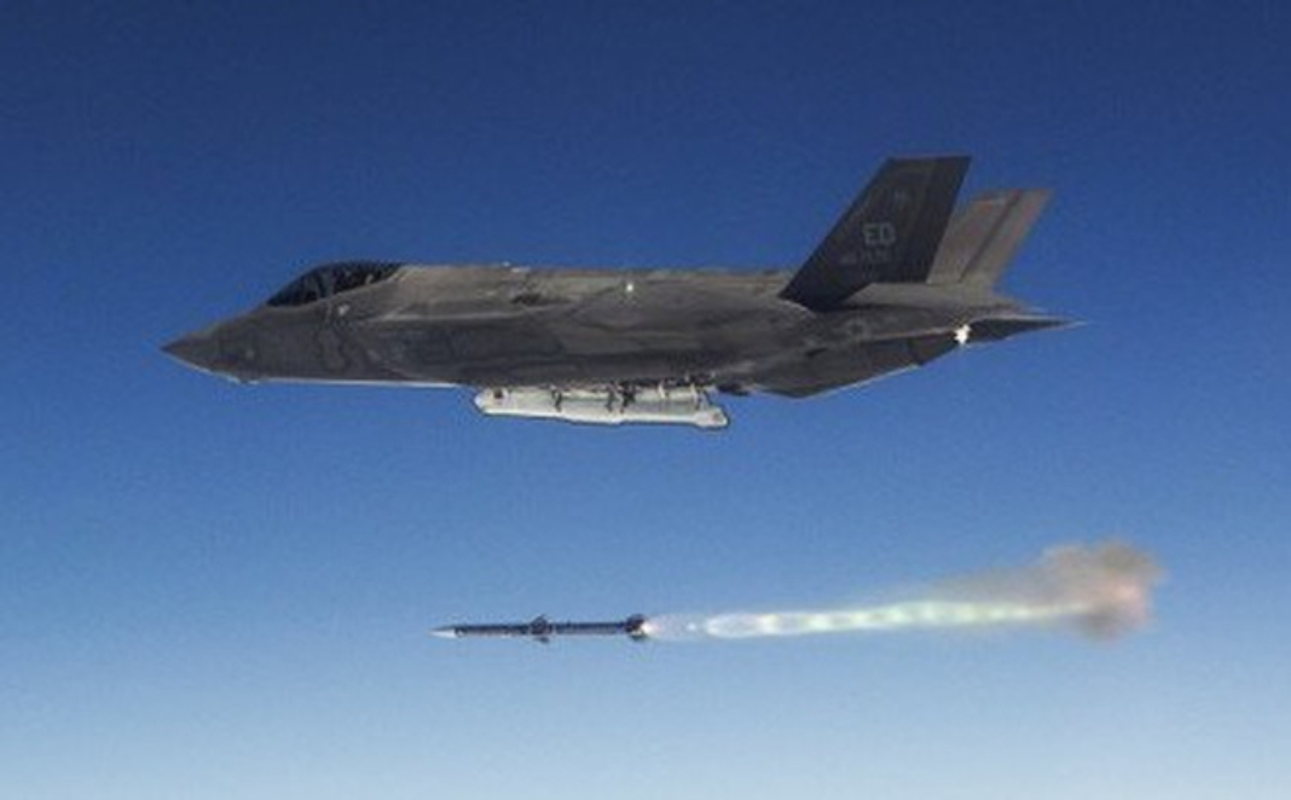Tiem kich F-35 thieu linh kien, Tong thong Trump do loi cho ong Obama-Hinh-10