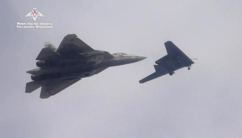 Chua hoan thien duoc Su-57, Nga da lai thu nghiem chien dau co the he 6-Hinh-14