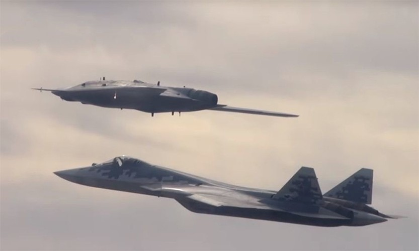Chua hoan thien duoc Su-57, Nga da lai thu nghiem chien dau co the he 6-Hinh-3