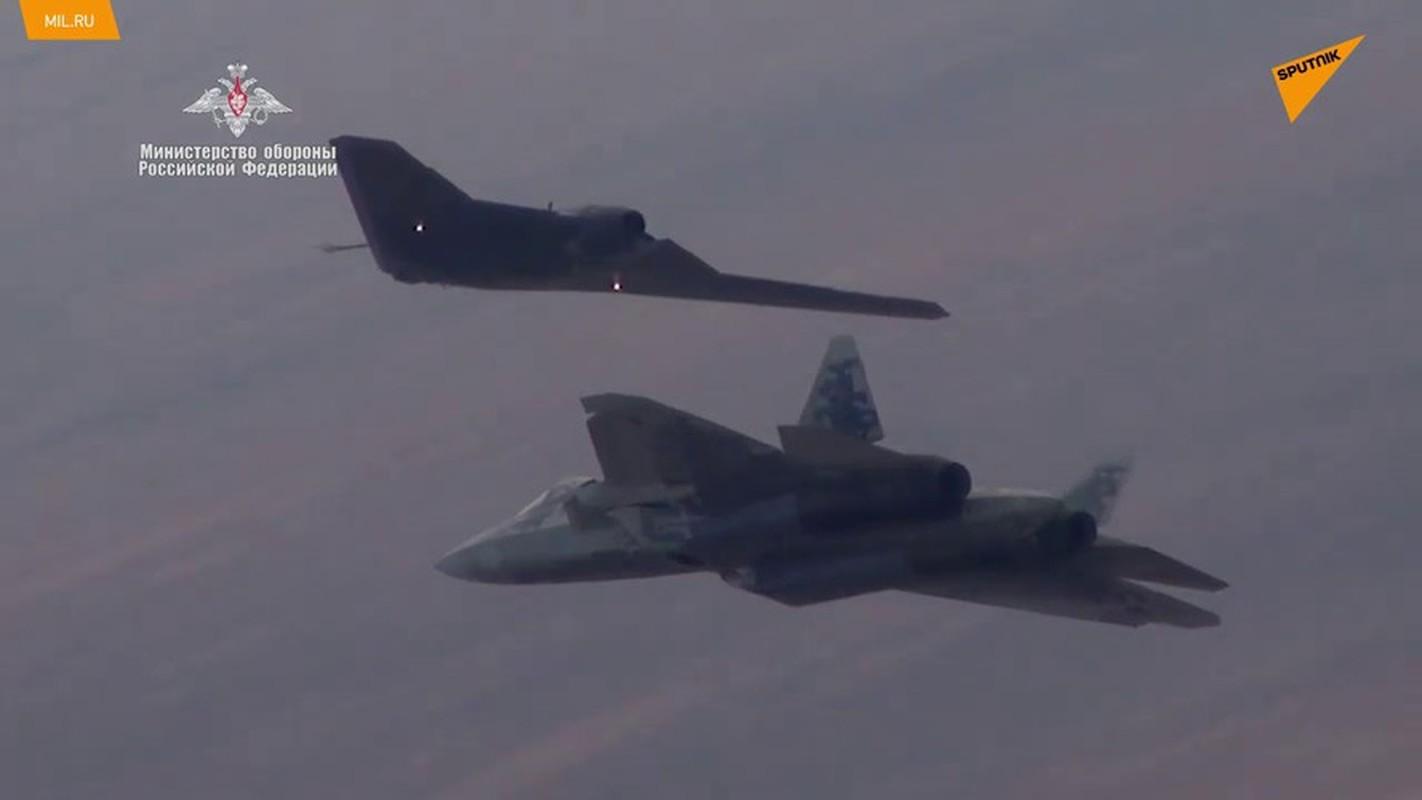 Chua hoan thien duoc Su-57, Nga da lai thu nghiem chien dau co the he 6-Hinh-5