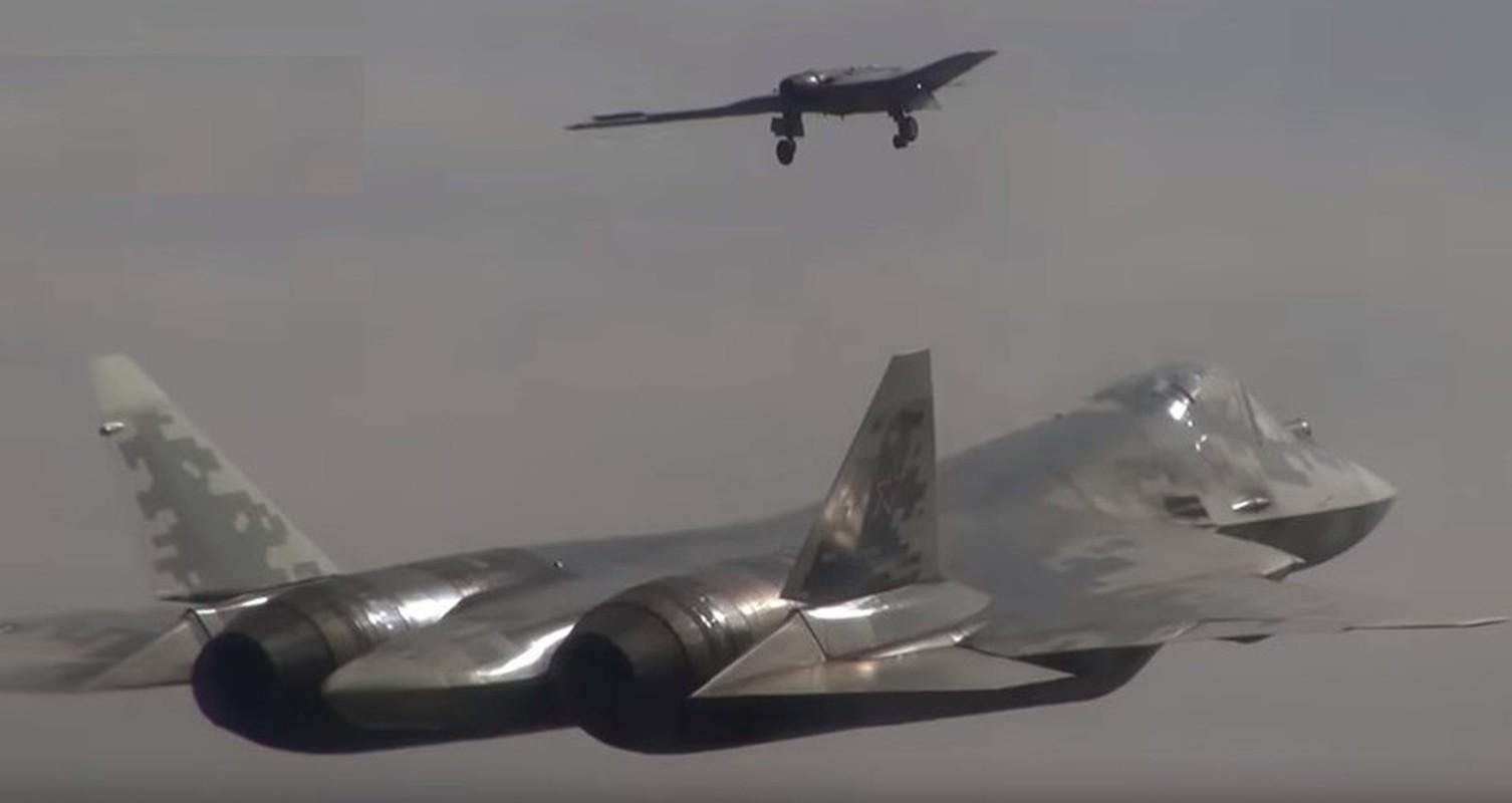 Chua hoan thien duoc Su-57, Nga da lai thu nghiem chien dau co the he 6-Hinh-7