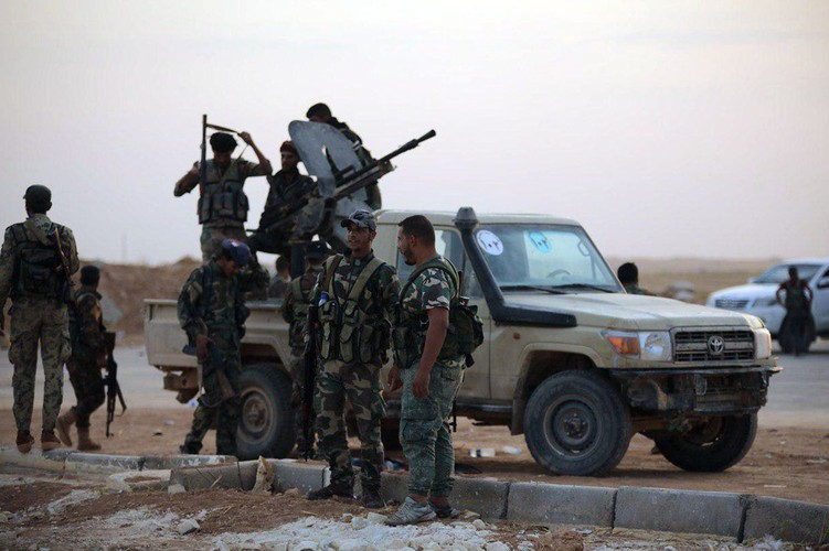 Giao tranh hon loan giua nhieu luc luong khap mien Bac Syria-Hinh-16