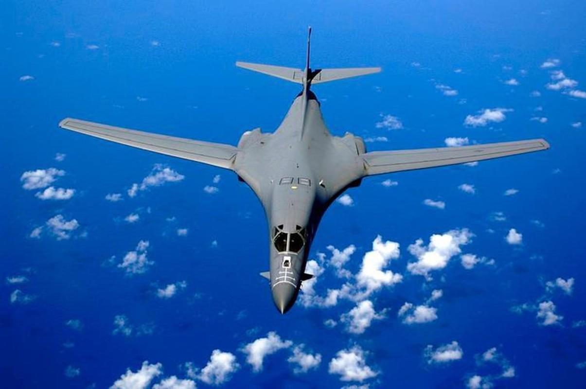 Nhiem vu dac biet cua may bay nem bom B-1B Lancer khi den Bien Dong-Hinh-11
