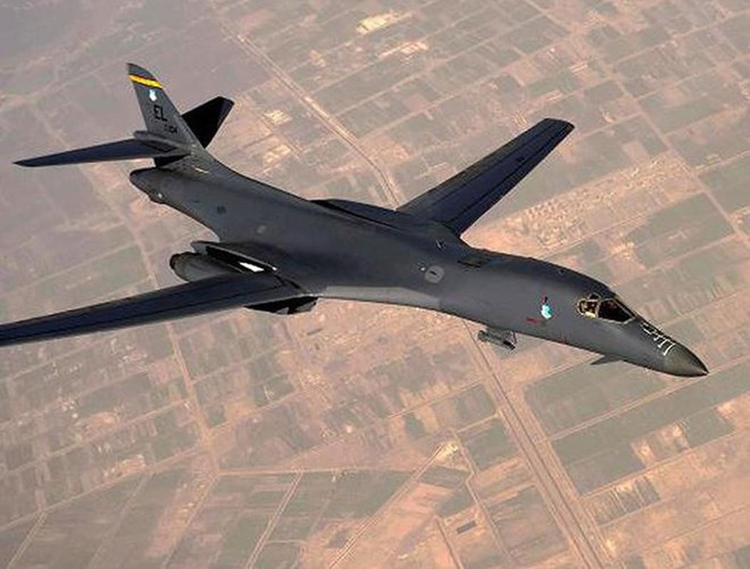 Nhiem vu dac biet cua may bay nem bom B-1B Lancer khi den Bien Dong-Hinh-13
