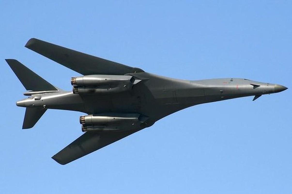 Nhiem vu dac biet cua may bay nem bom B-1B Lancer khi den Bien Dong-Hinh-6