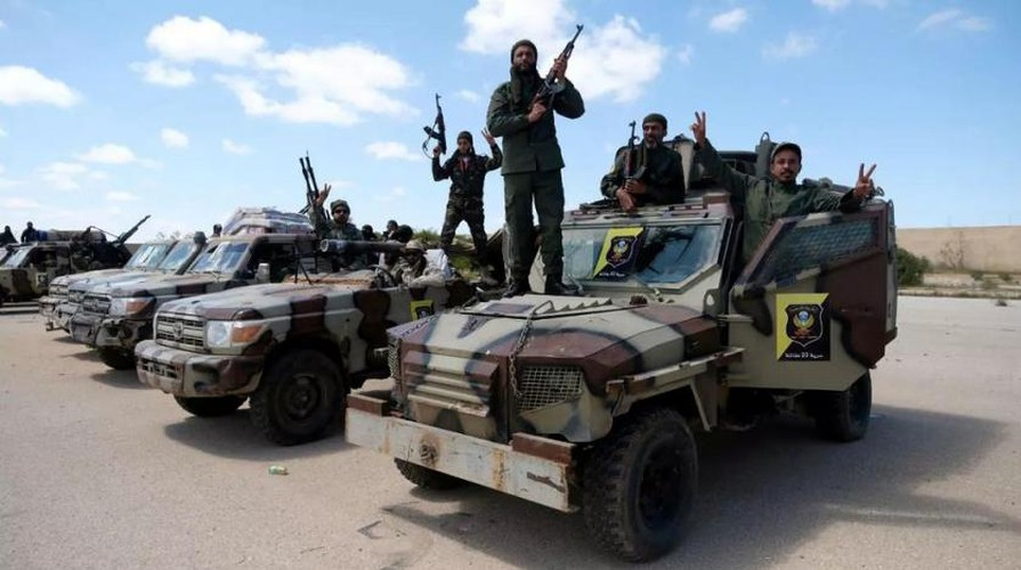 Chien su Libya: Tho Nhi Ky bi canh bao vi chong lung cho GNA-Hinh-9