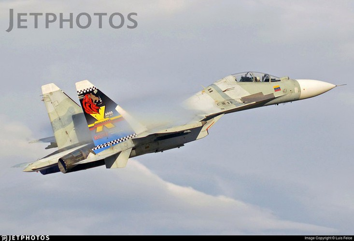Venezuela de doa dung Su-30MK2 mang ten lua Kh-31 ban ha tau chien My-Hinh-14