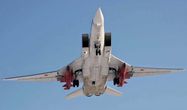 Khong phat trien may bay nem bom moi, Nga dat cuoc toan bo vao Tu-22M3M-Hinh-15
