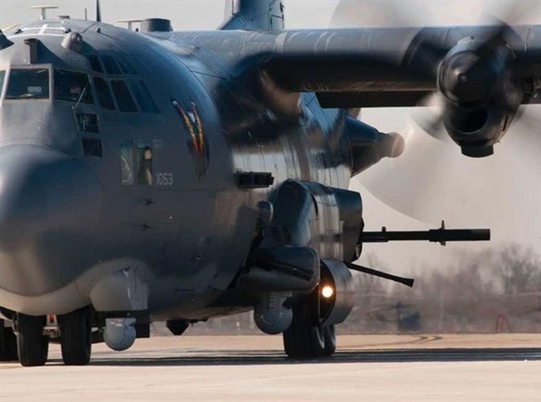 Cuong kich AC-130J cua My co them he thong vu khi laser cuc dang so-Hinh-11