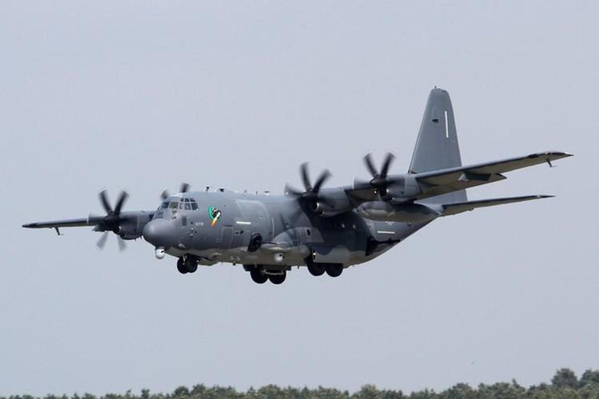Cuong kich AC-130J cua My co them he thong vu khi laser cuc dang so-Hinh-14