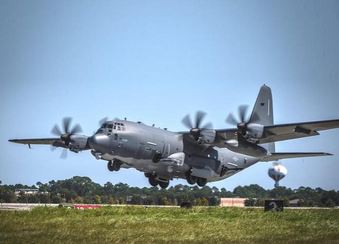 Cuong kich AC-130J cua My co them he thong vu khi laser cuc dang so-Hinh-3