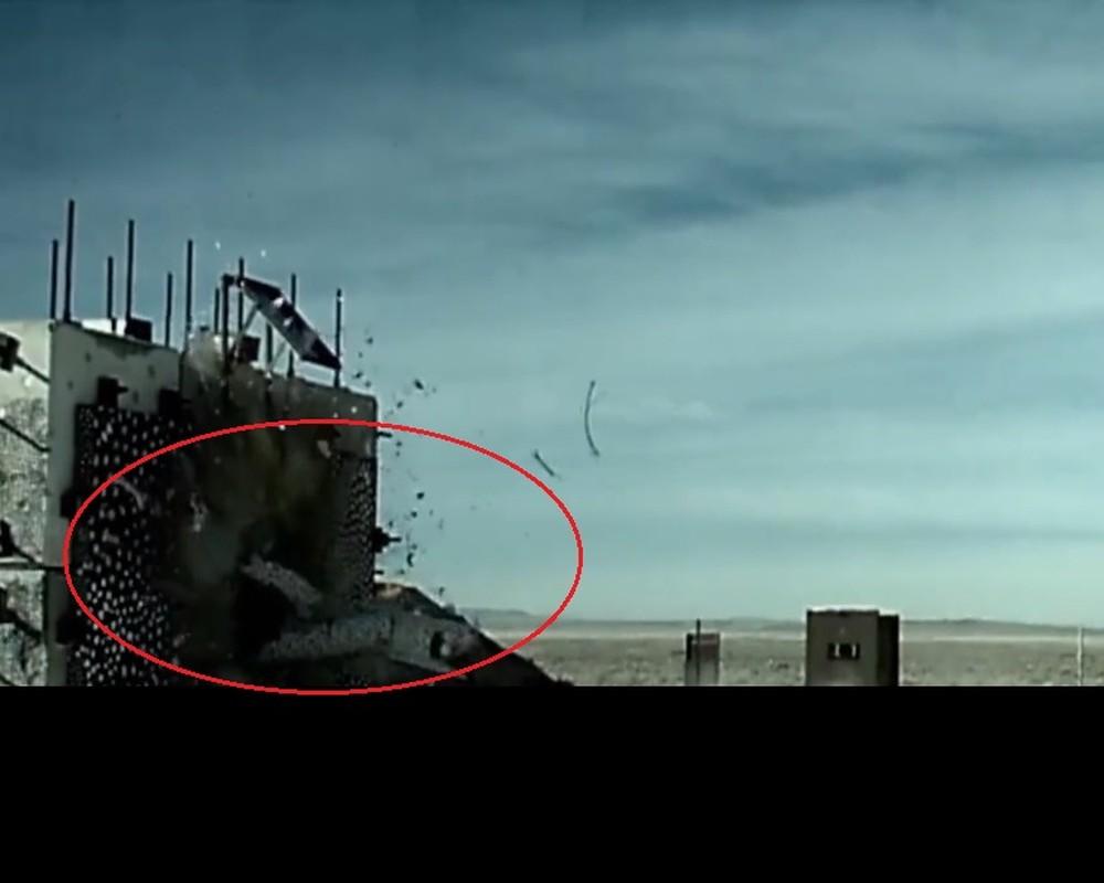 Nga phan ung lanh lung khi My thu bom hat nhan B61-12 tu F-15E-Hinh-6