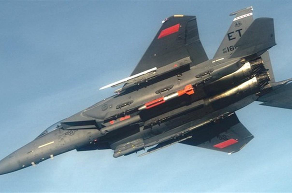 Nga phan ung lanh lung khi My thu bom hat nhan B61-12 tu F-15E-Hinh-9