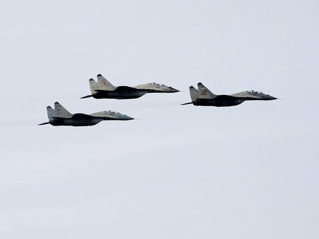 Coi thuong MiG-29 Syria, phong khong Tho Nhi Ky bi qua mat de dang-Hinh-13