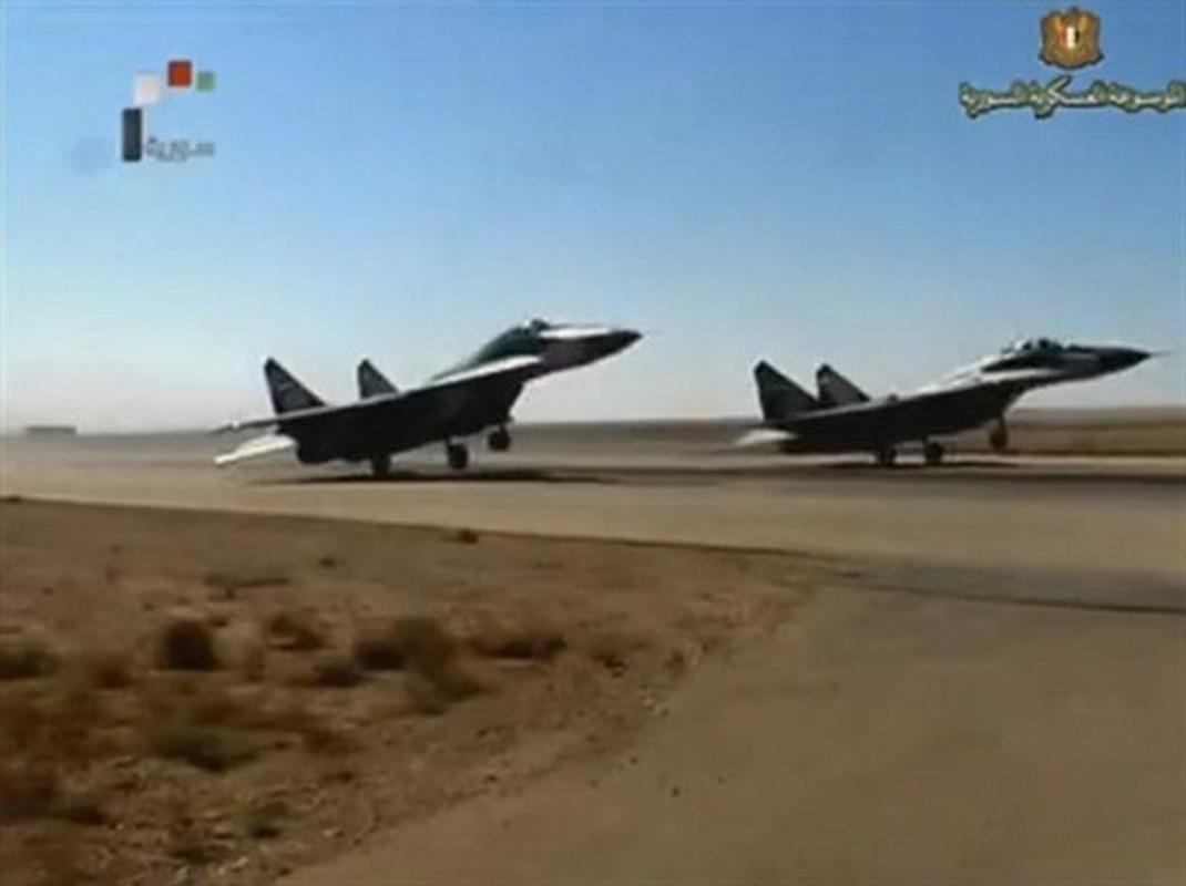Coi thuong MiG-29 Syria, phong khong Tho Nhi Ky bi qua mat de dang-Hinh-14