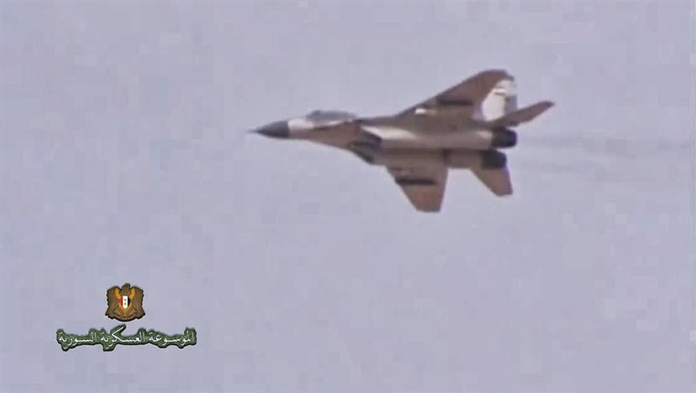 Coi thuong MiG-29 Syria, phong khong Tho Nhi Ky bi qua mat de dang-Hinh-15