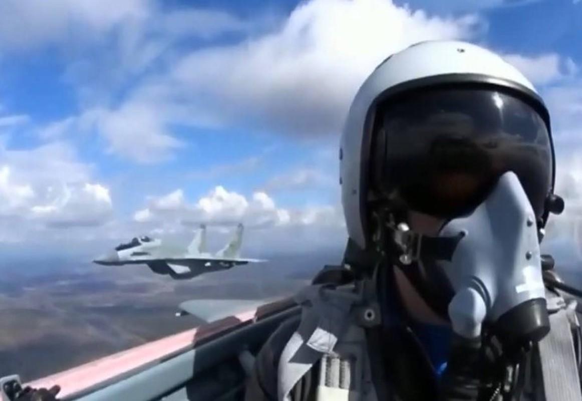 Coi thuong MiG-29 Syria, phong khong Tho Nhi Ky bi qua mat de dang-Hinh-5