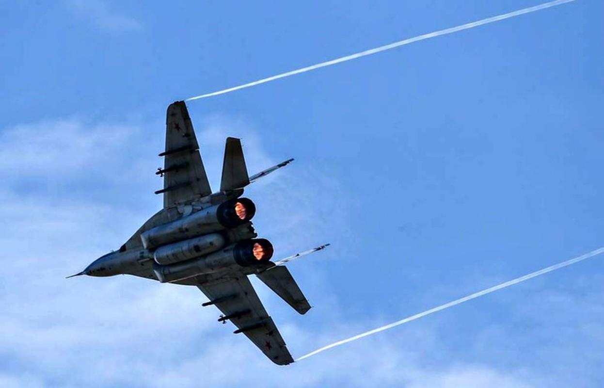 Coi thuong MiG-29 Syria, phong khong Tho Nhi Ky bi qua mat de dang-Hinh-6