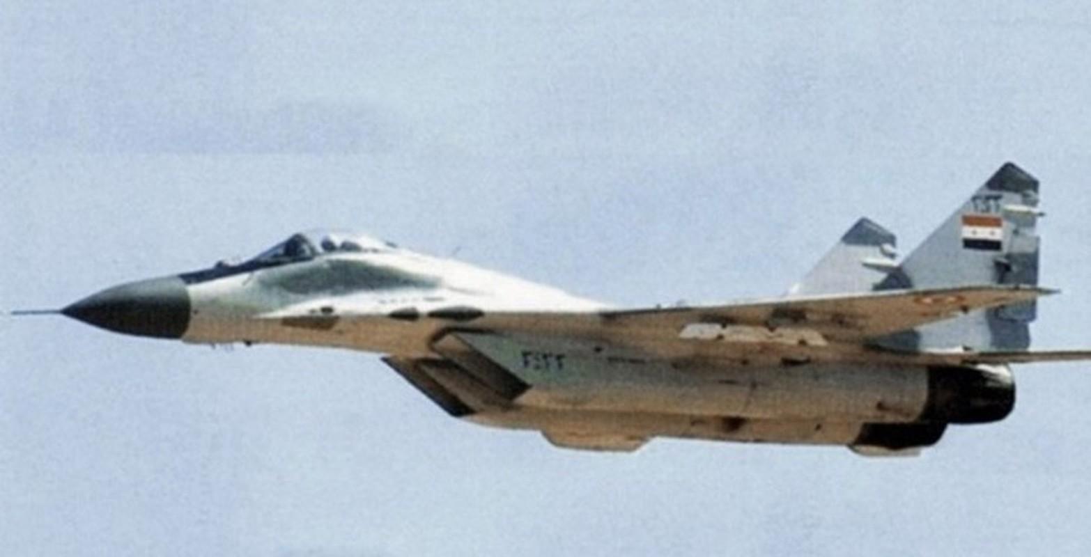 Coi thuong MiG-29 Syria, phong khong Tho Nhi Ky bi qua mat de dang-Hinh-8