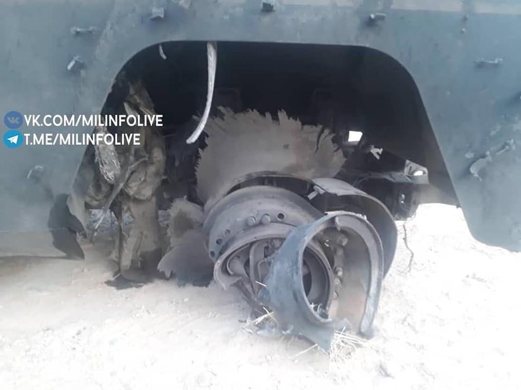 Can canh xe quan canh Nga tanh banh vi trung bom cai o Syria-Hinh-8