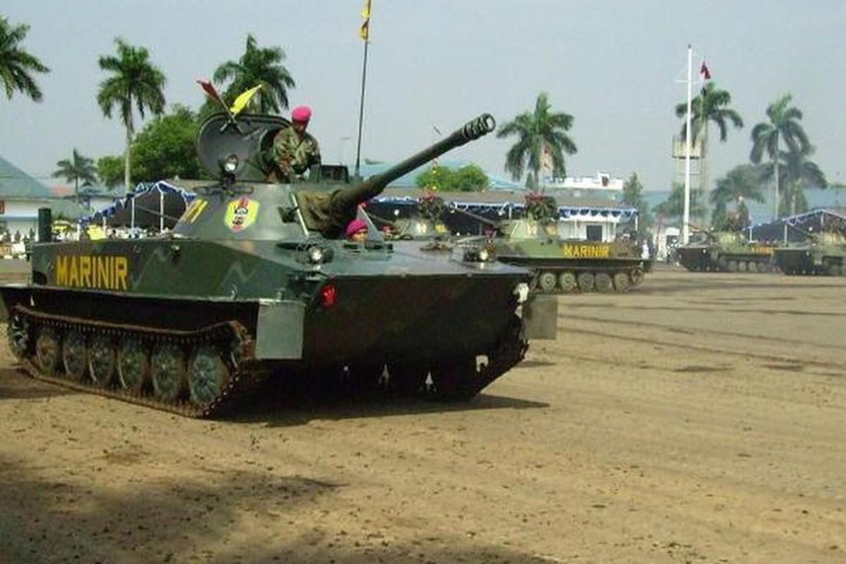 Huong nang cap cho xe tang loi nuoc PT-76 Viet Nam dang so huu-Hinh-14