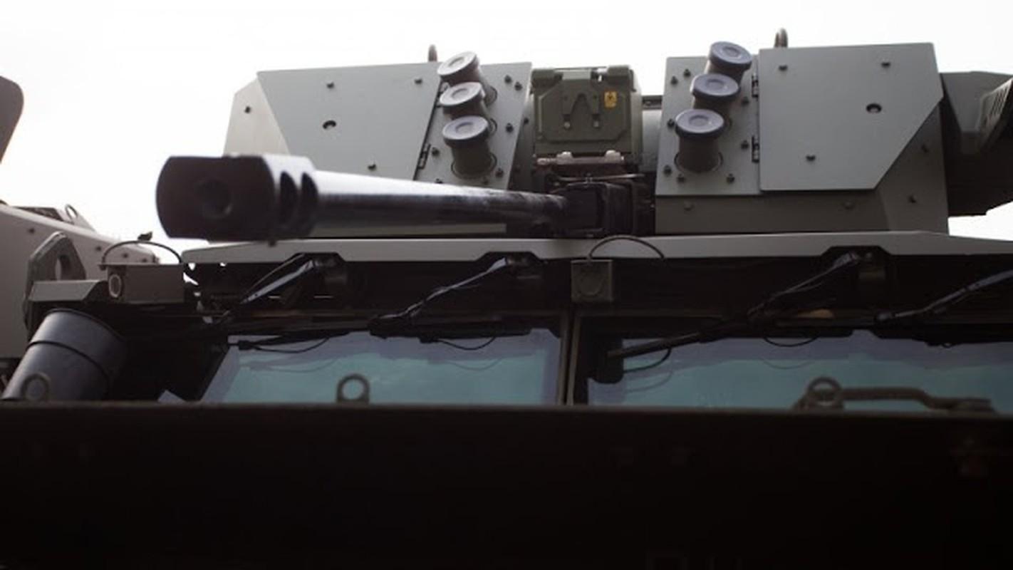 Ngam sieu pham xe boc thep Typhoon-VDV cuc