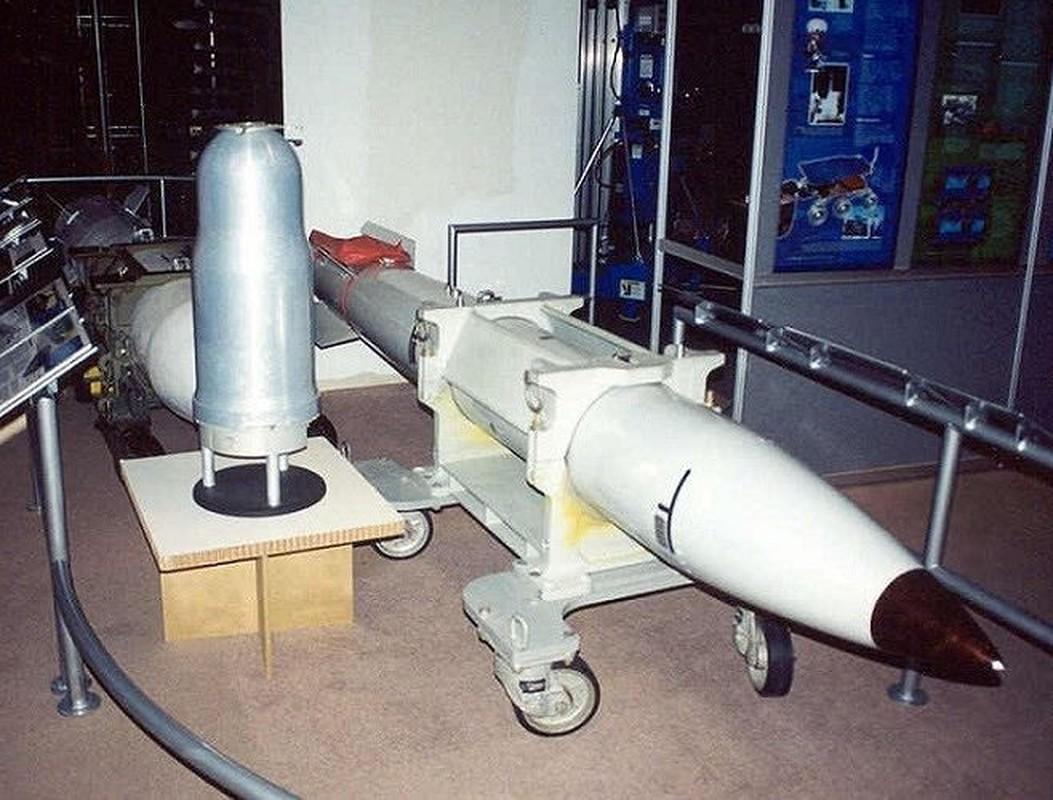 Man nhan xem tiem kich F-15E Strike Eagle tha bom hat nhan B61-12-Hinh-11
