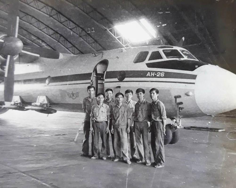 Nhiem vu khong tuong cua may bay An-26 Viet Nam nhung nam 1984 - 1985-Hinh-2