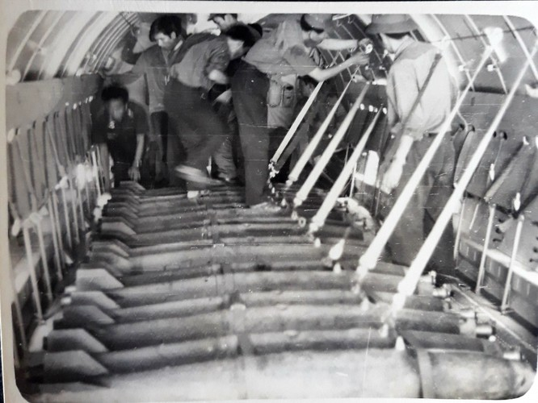 Nhiem vu khong tuong cua may bay An-26 Viet Nam nhung nam 1984 - 1985-Hinh-6
