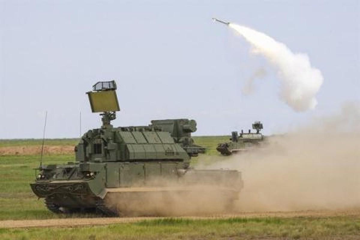 Ten lua Tor-M2 Nga xung danh sat thu san UAV o chien truong Syria-Hinh-12