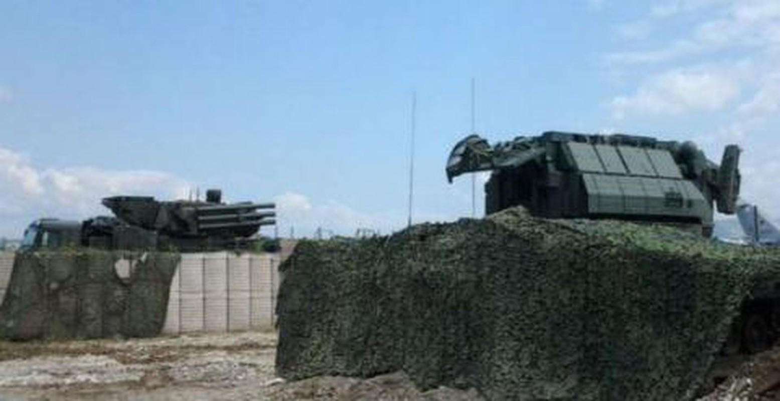 Ten lua Tor-M2 Nga xung danh sat thu san UAV o chien truong Syria-Hinh-14