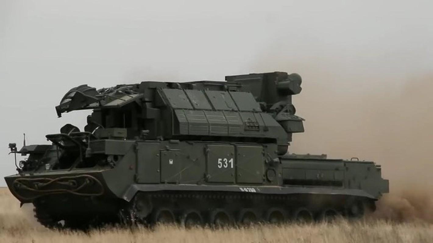Ten lua Tor-M2 Nga xung danh sat thu san UAV o chien truong Syria-Hinh-4