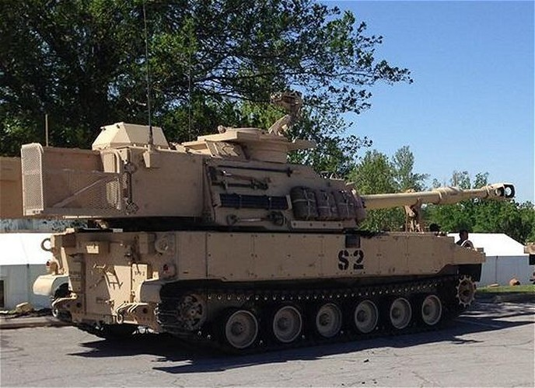 Phao tu hanh M109A7 Paladin 155mm cua My ha duoc ca may bay-Hinh-14