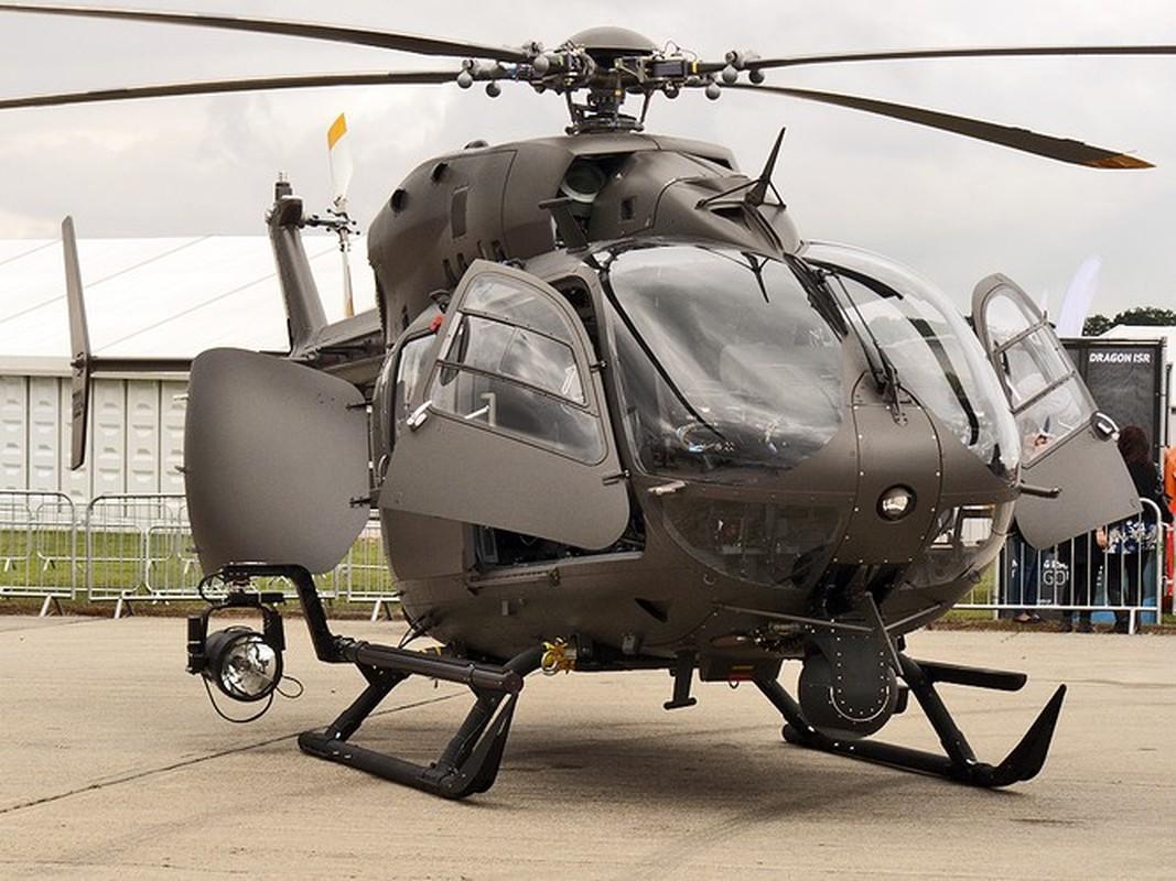 Truc thang UH-72 de doa nham nguoi bieu tinh My do menh lenh map mo-Hinh-11