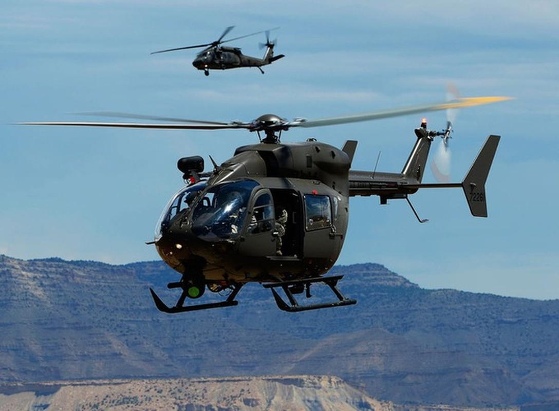 Truc thang UH-72 de doa nham nguoi bieu tinh My do menh lenh map mo-Hinh-7