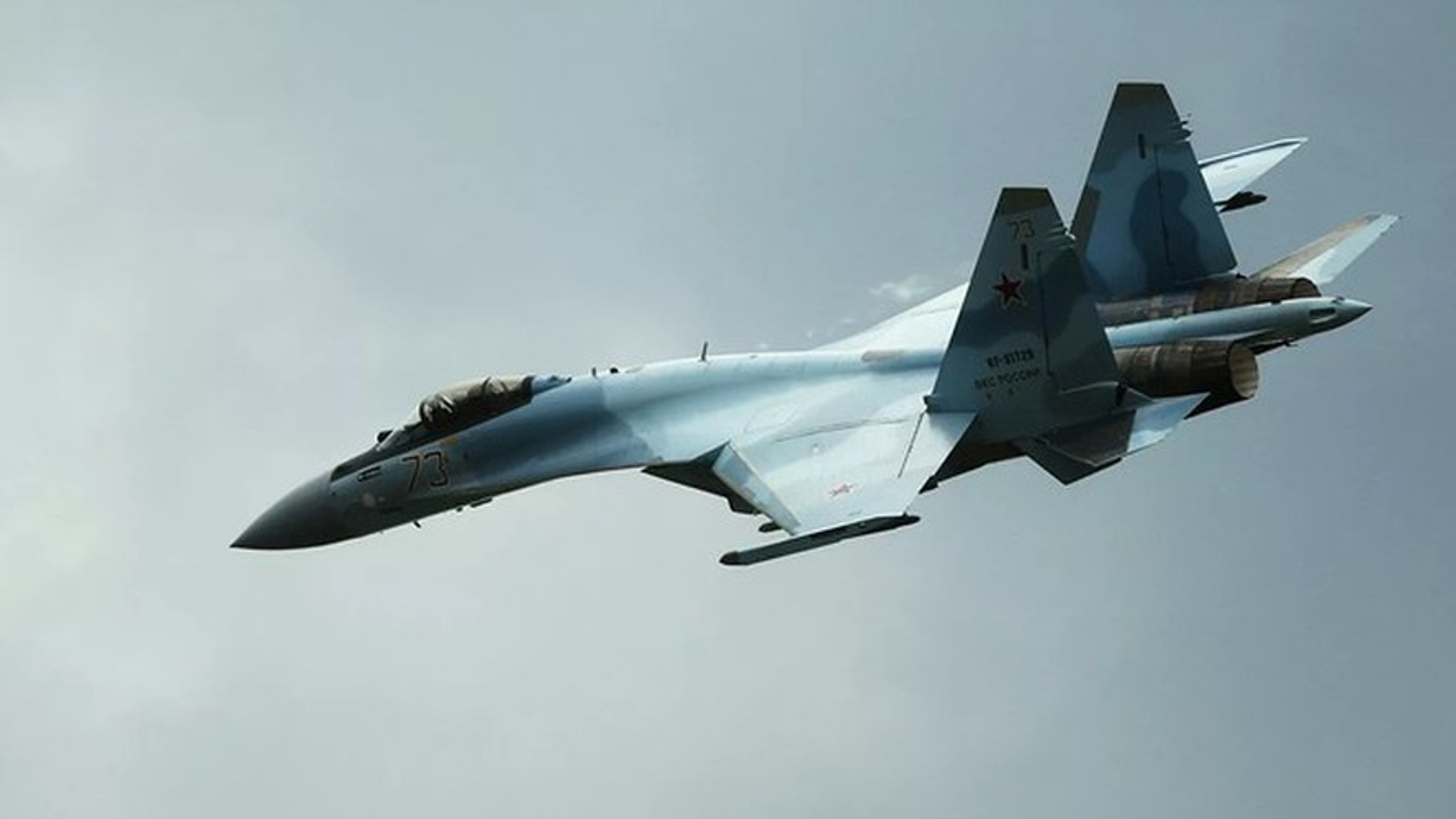 Nga gap rut lap rap hang loat tiem kich Su-35 de giao cho khach hang-Hinh-14