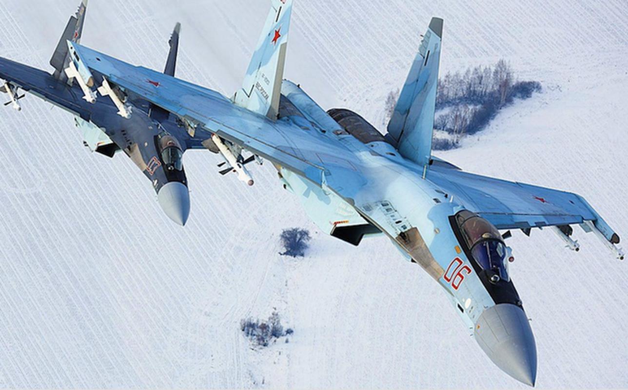 Nga gap rut lap rap hang loat tiem kich Su-35 de giao cho khach hang-Hinh-2