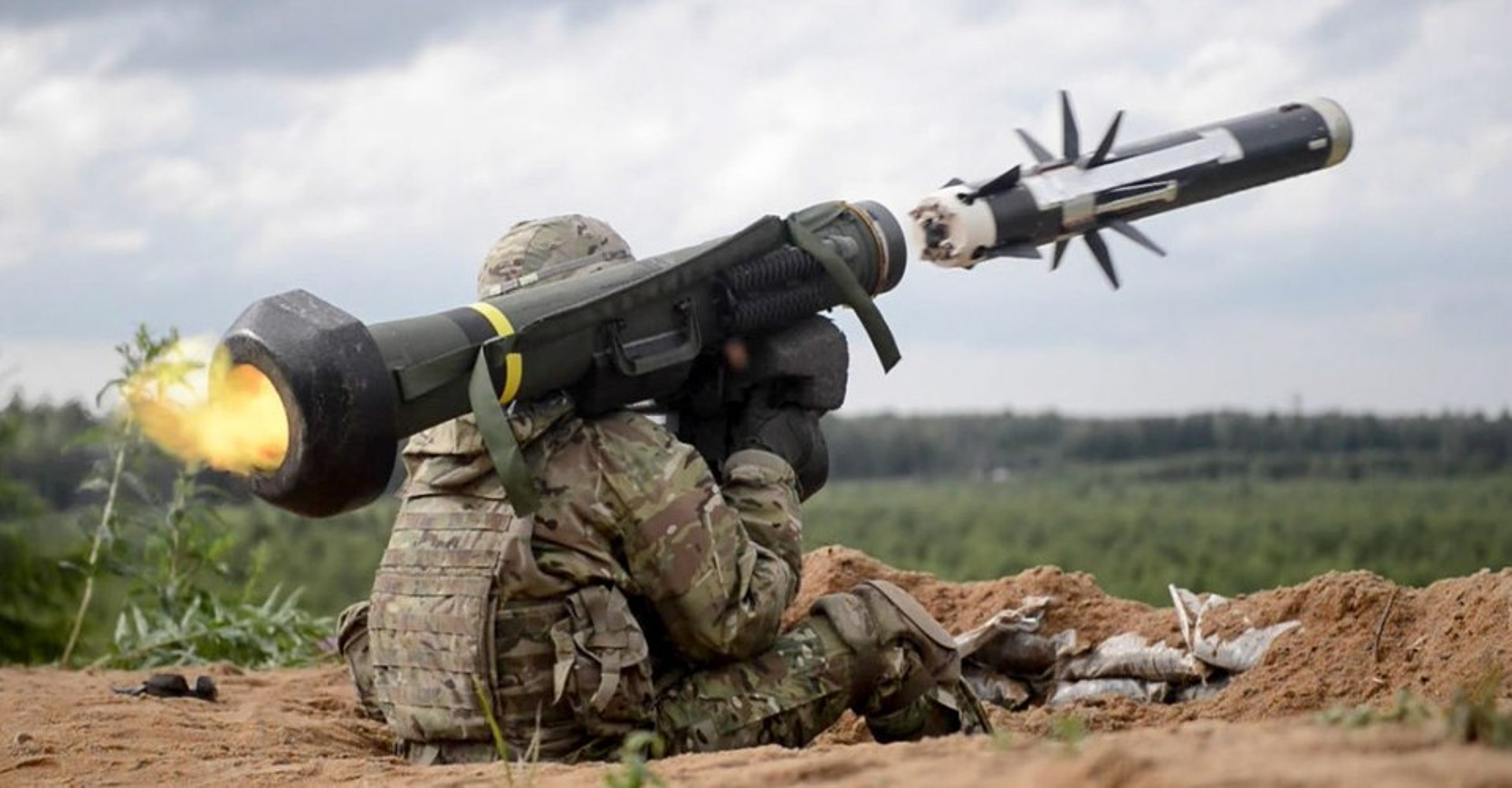 Ukraine lai nhan them ten lua chong tang FGM-148 Javelin khien Nga tai mat-Hinh-9